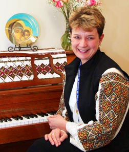 Linda Dudar, professor at Calgary's St. Mary's University College, found Lviv Ukrainians openly celebrated their faith.
