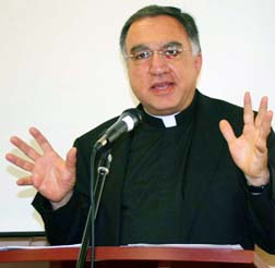 Fr. Tom Rosica says the world needs ordinary people who are heros.