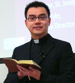 Fr. Huy Nguyen says we are called to be a messenger of good tidings.