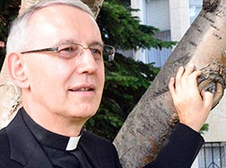 Fr. Adam Lech has been appointed chancellor of the Edmonton Archdiocese.